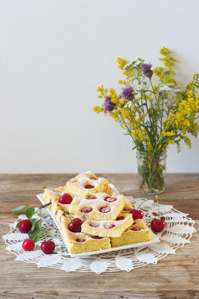 Saftiger Kirschkuchen nach einem Rezept von Sweets and Lifestyle
