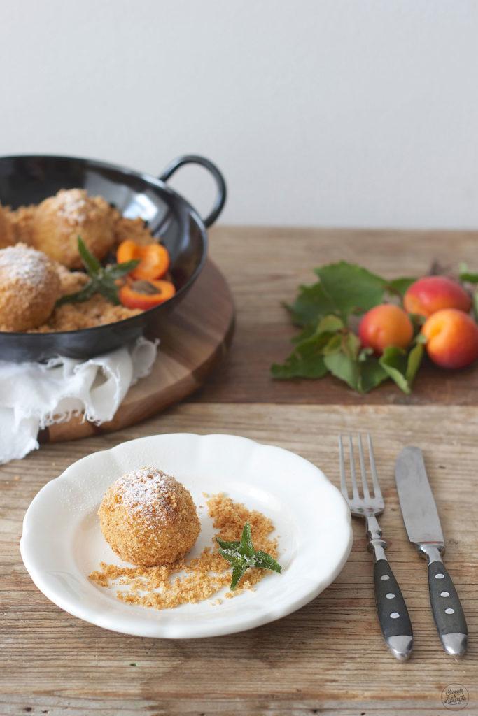 Marillen Topfenknoedel mit Marzipankern nach einem Rezept von Sweets and Lifestyle