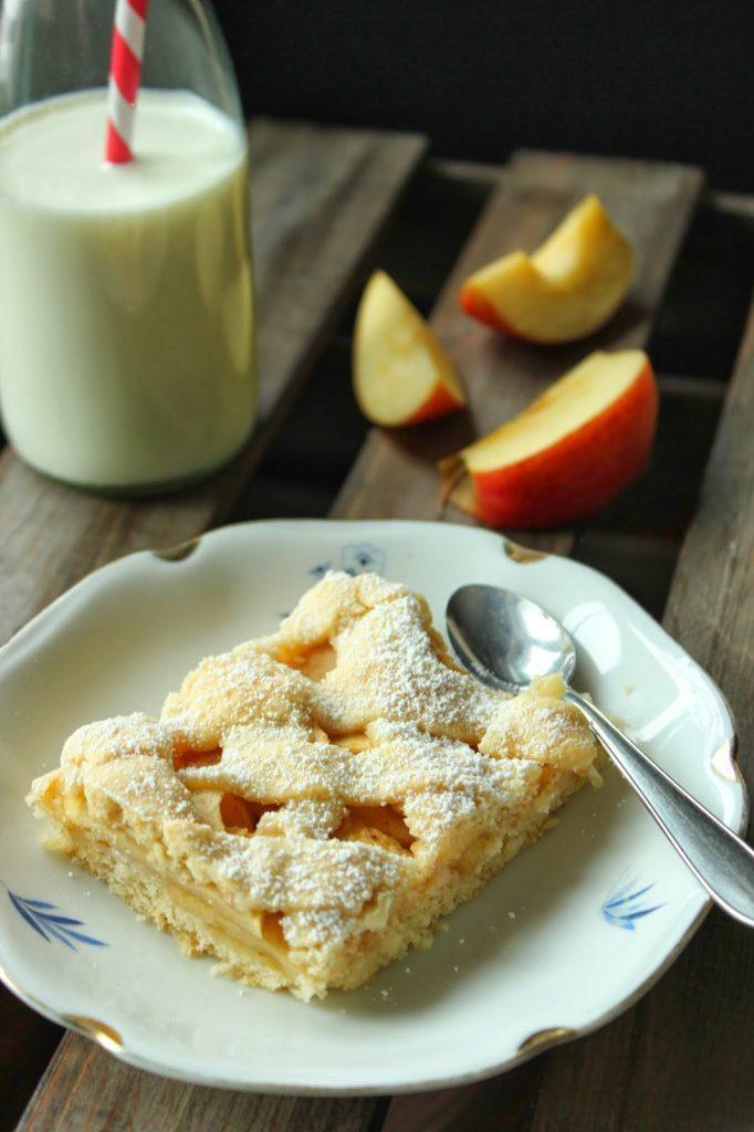 Gedeckter Apfelkuchen vom Blech von SweetsandLifestyle