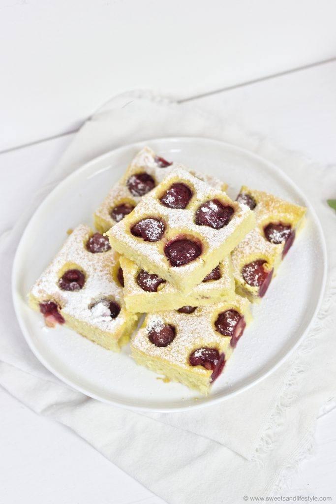 Kirschenkuchen_vom_Blech_Rezept_von_Sweets_and-Lifestyle