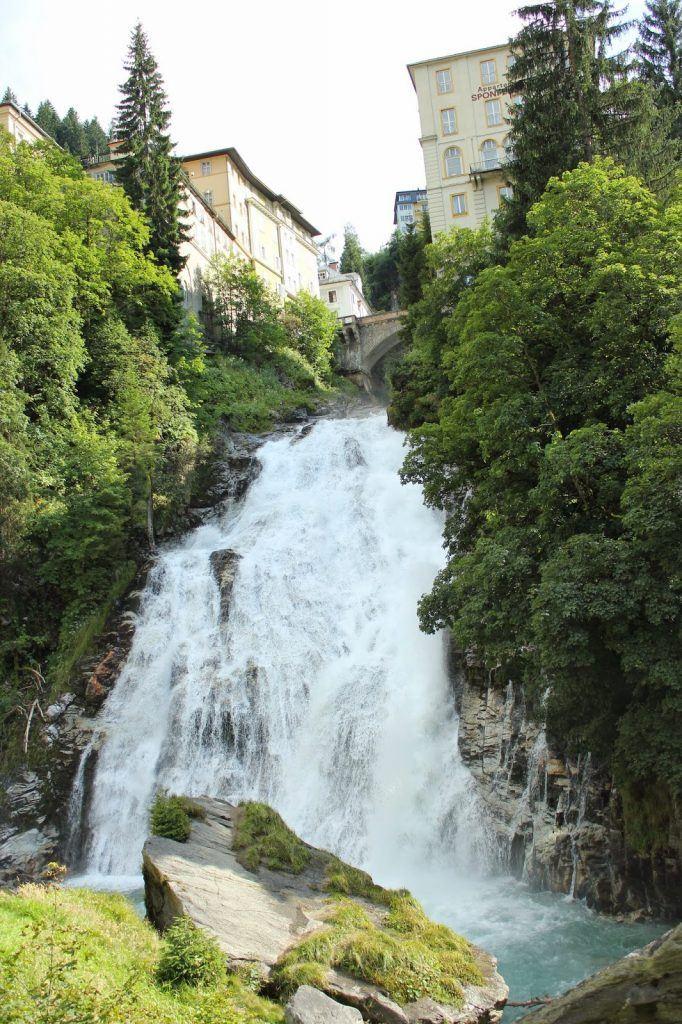 Wasserfall neben dem Kraftwerk in Bad Gastein bei Sweets and Lifestyle