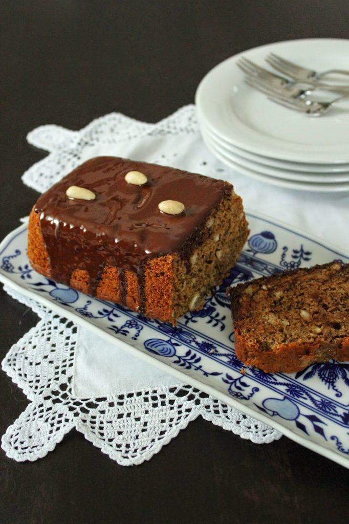 Veganer Espresso-Mandel-Kuchen noch dazu wunderbar saftig bei Sweets and Lifestyle
