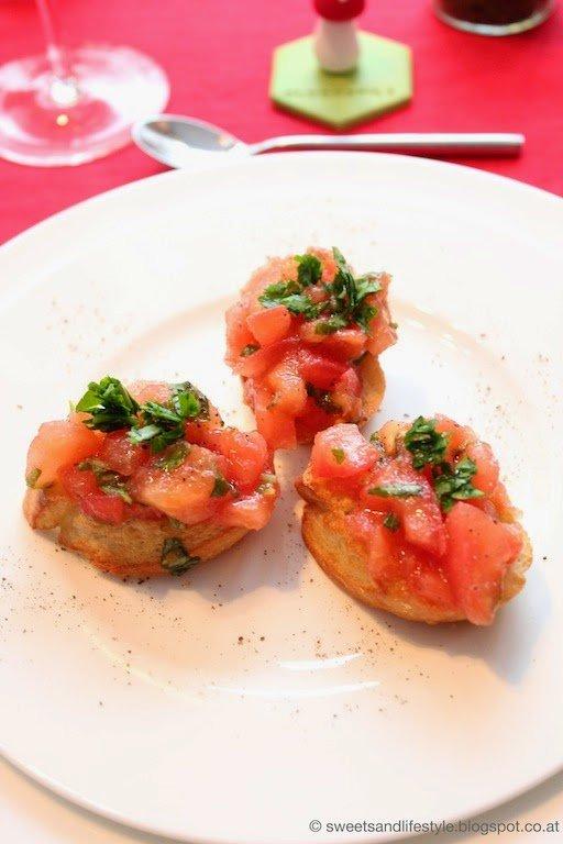 Bruschette al Promodoro als Vorspeise beim Dinner goes vegan-Silvesterdinner