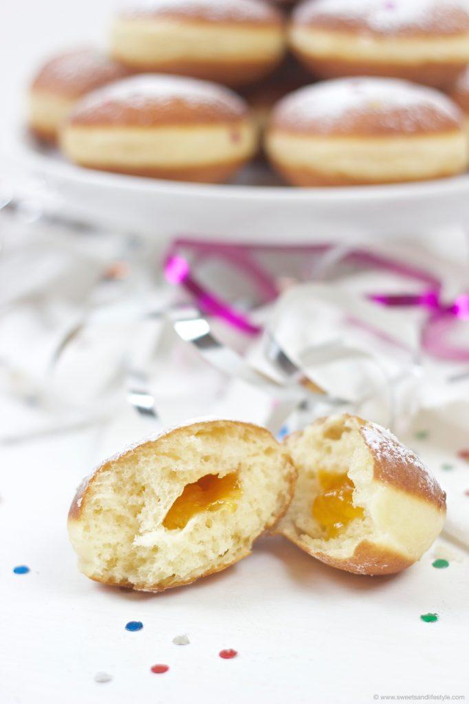 Selbst gemachte Faschingskrapfen nach einem alten Familienrezept von Sweets and Lifestyle