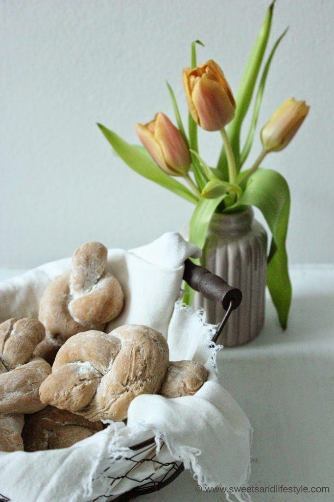 Selbst gemachte Roggenweckerl zum Frühstück von Sweets and Lifestyle