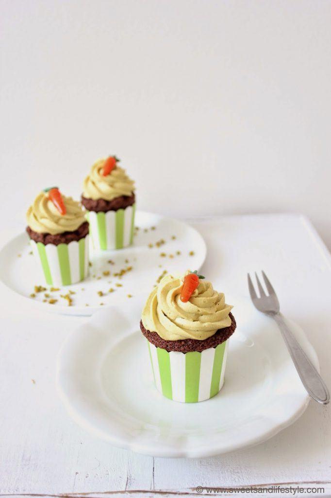 Perfektes Osterdessert - grüne Pistaziencupcakes von Sweets and Lifestyle