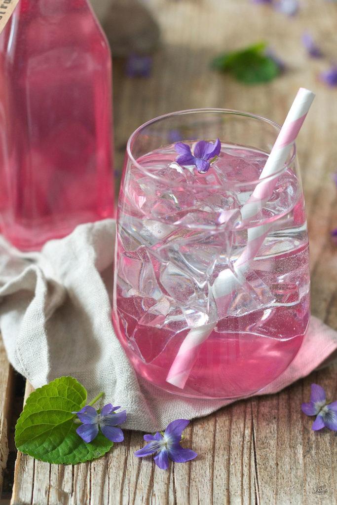 Veilchensirup Rezept von Sweets & Lifestyle®