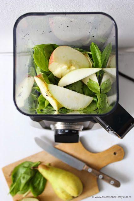 Köstlicher und vitaminreicher Green Smoothie mit Apfel und Birne beim Breakfast Smoothie Special von Sweets and Lifestyle