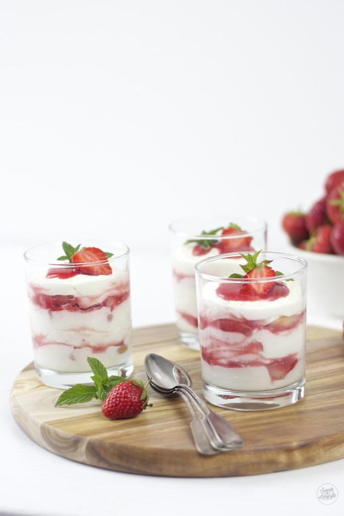 Leckeres Erdbeer Tiramisu das Sommerdessert schlechthin von Sweets and Lifestyle