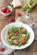 Spargel Erdbeer Salat mit Parmesan vonSweets & Lifestyle®