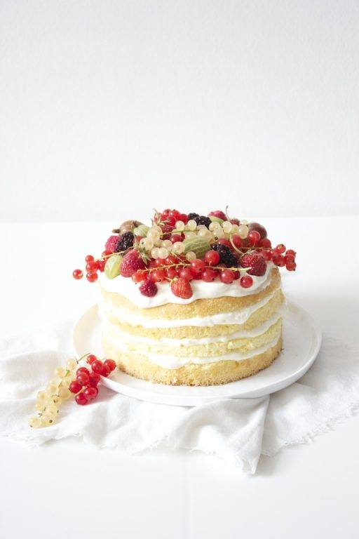No Bake Cake mit Beeren von Sweets and Lifestyle