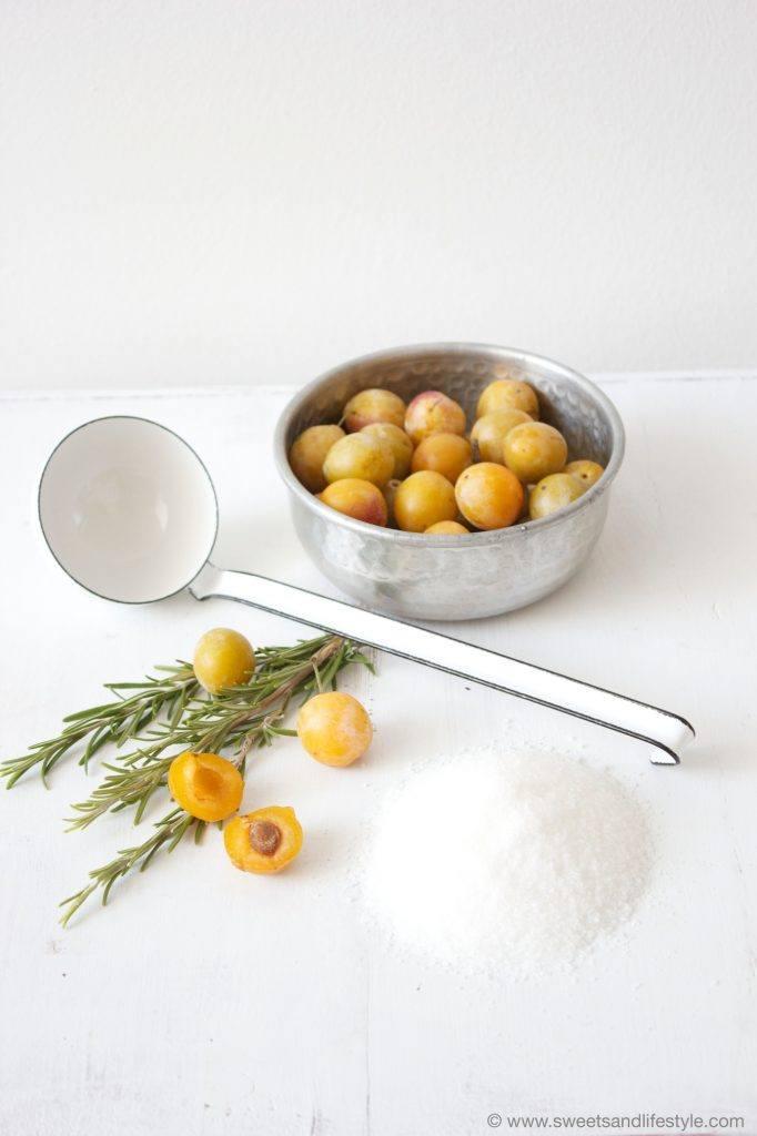 Kriecherlmarmelade mit erfrischendem Rosmaringeschmack von Sweets and Lifestyle