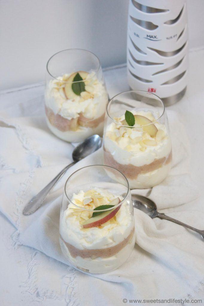 Cremiges Weingartenpfirsich-Dessert von Sweets and Lifestyle