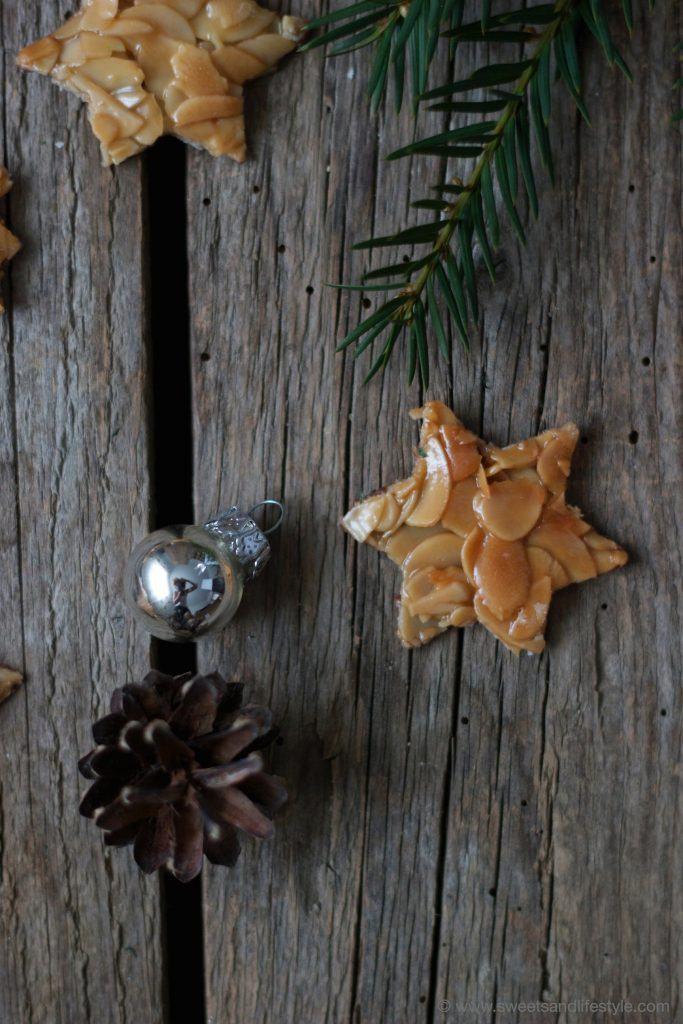 Köstliche Florentiner Sterne mit Schokoladenrückseite von Sweets and Lifestyle