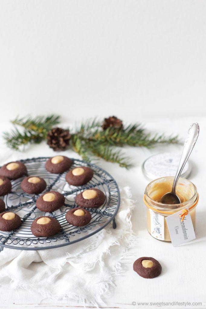Schoko-Husarenkrapfen mit Macadamia-Creme von Sweets and Lifestyle