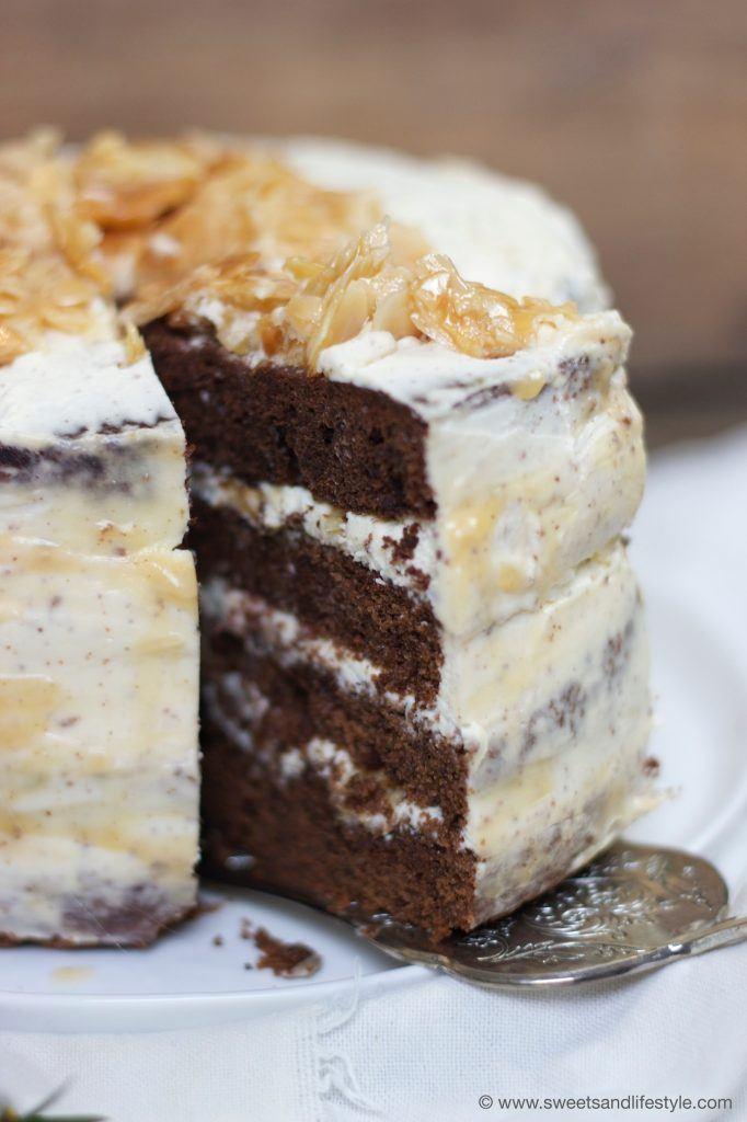 Schokotorte mit Florentiner und einer extra Portion Karamell von Sweets and Lifestyle