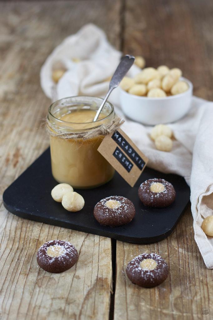 Schoko Husarenkrapfen gefüllt mit selbst gemachter Macadamia Creme von Sweets & Lifestyle®