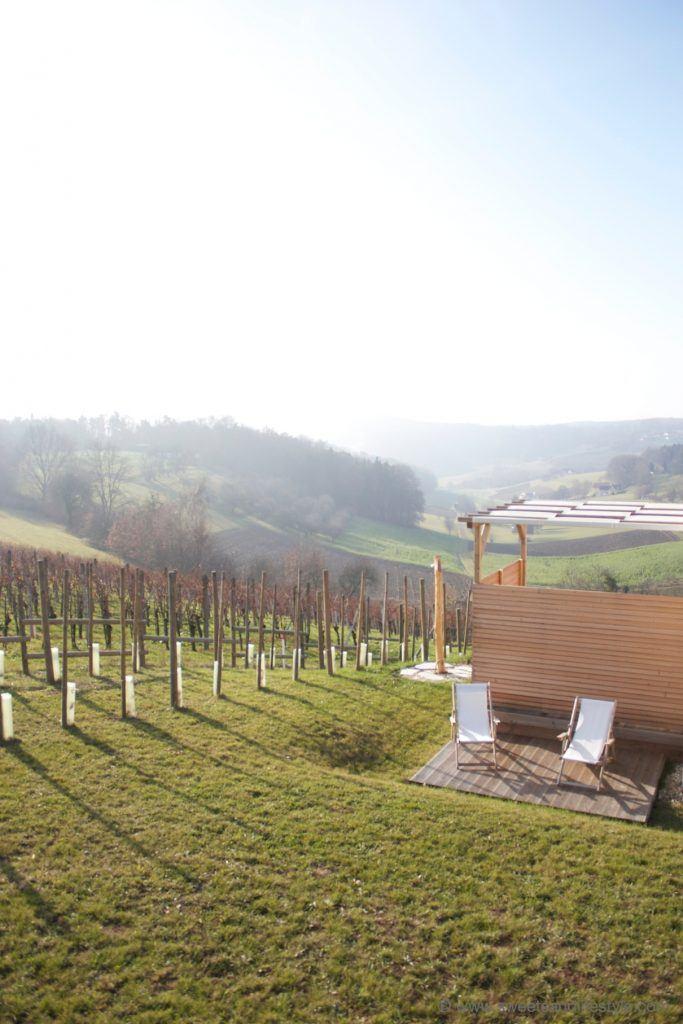 Ausblick vom Weinhaus 01 des Weingarten-Resorts Unterlamm-Loipersdorf von Sweets and Lifestyle