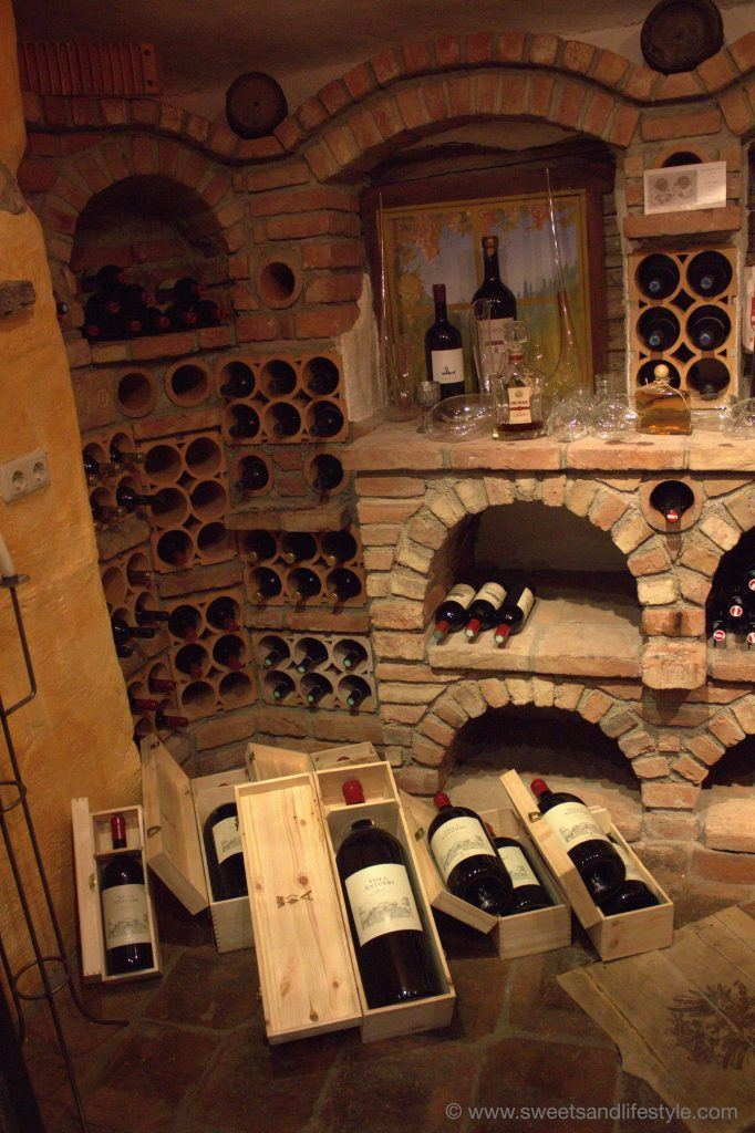 Vinothek der Gamskogelhütte am Katschberg von Sweets and Lifestyle
