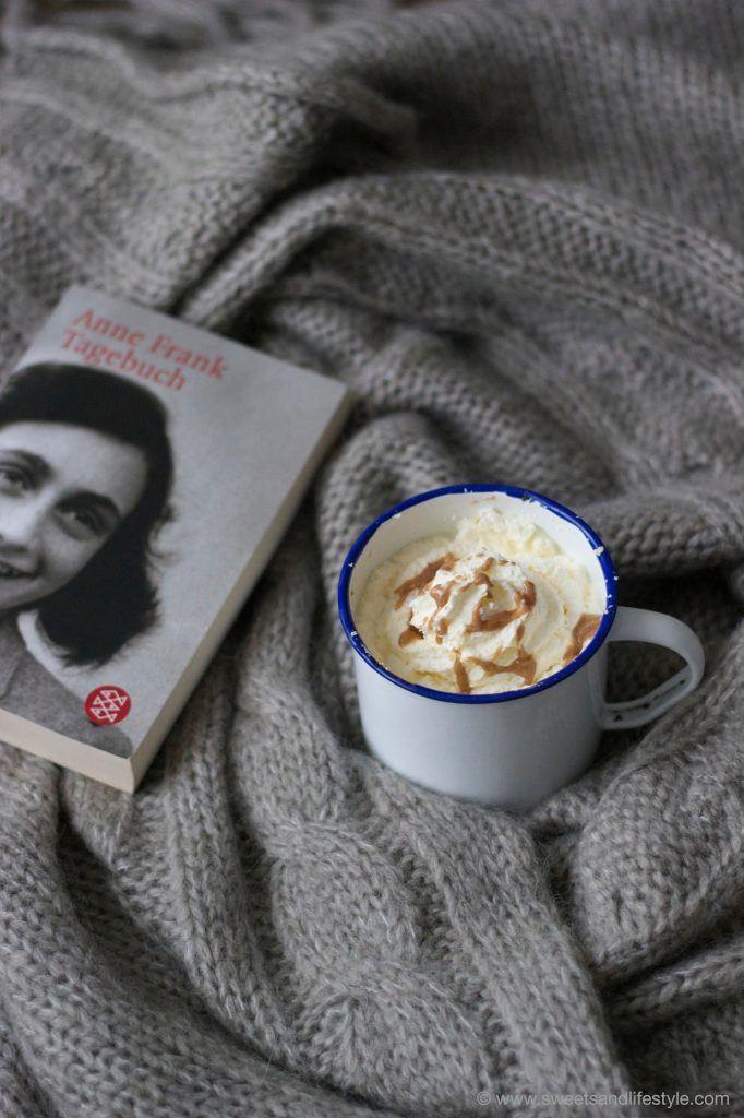 Perfekt an einem Winternachmittag ist die heiße Milch mit Mandel-Nougat von Sweets and Lifestyle