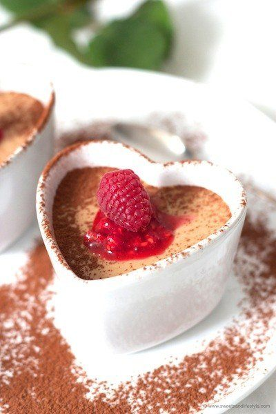 Mousse au Chocolat mit Baileys und Himbeeren von Sweets and Lifestyle