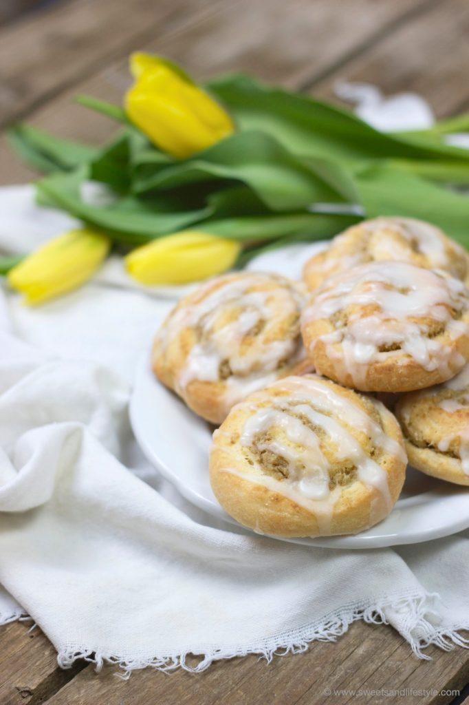 Nussschnecken mit Zuckerguss für den Sonntagskaffee von Sweets and Lifestyle