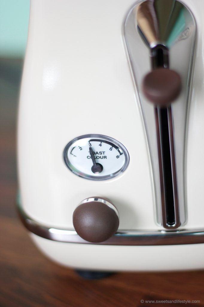 De'Longh Toaster Icona Vintage CTOV 2103.BG