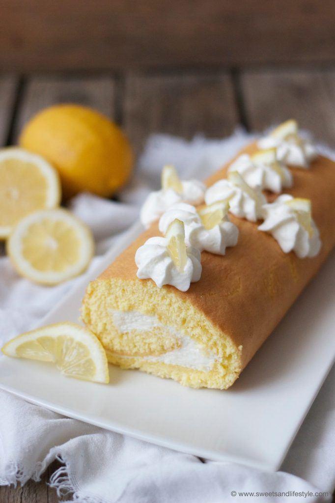 Erfrischendes Zitronen Biskuitrouladen Rezept von Sweets and Lifestyle