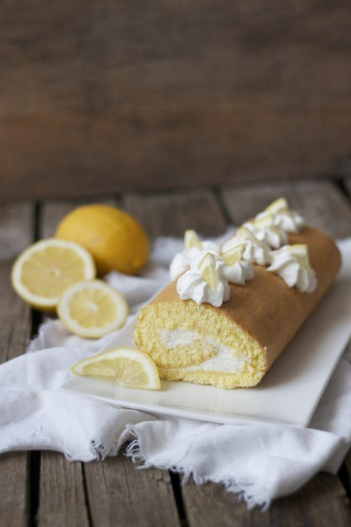 Erfrischende Zitronen Roulade von Sweets and Lifestyle