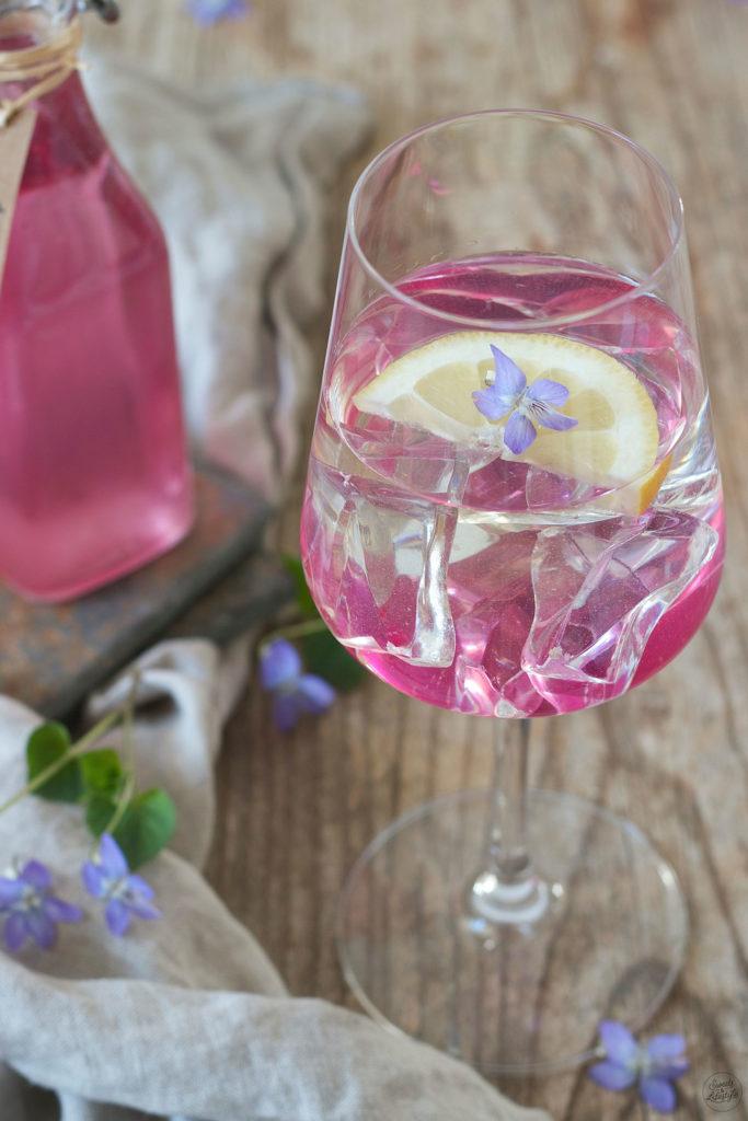 Veilchenspritzer Rezept von Sweets & Lifestyle®