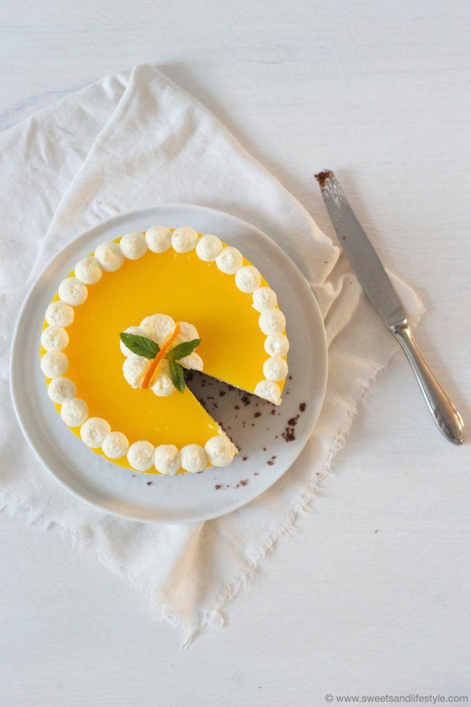 Angeschnittene Schoko Topfen Orangen Torte von Sweets and Lifestyle