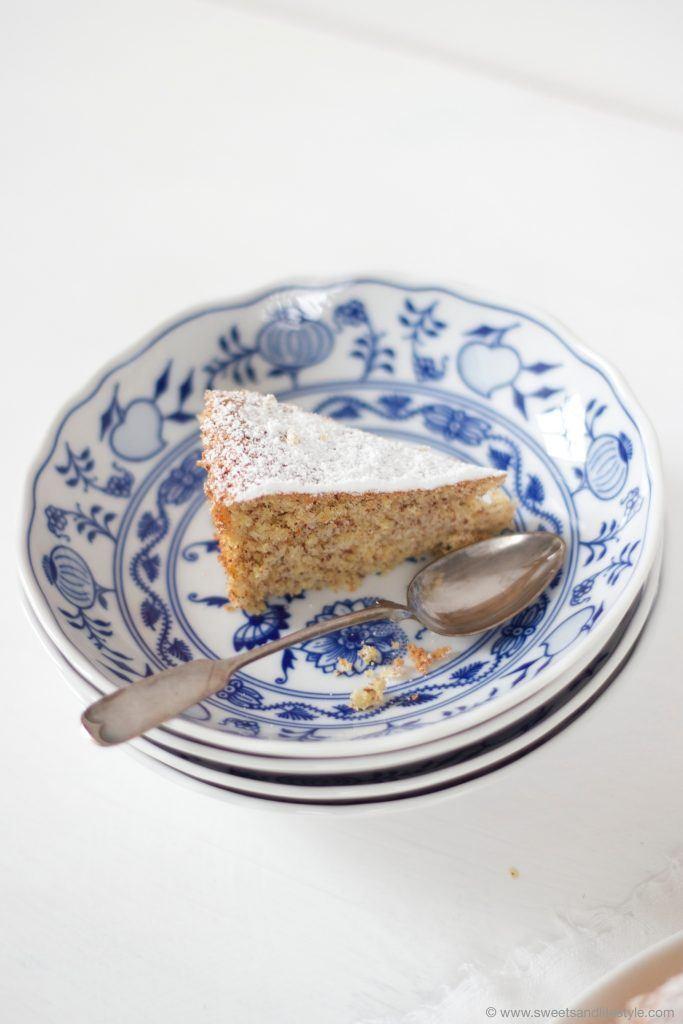 Ein Stücksaftiger Mallorquinischer Mandelkuchen nach einem Rezept von Sweets and Lifestyle