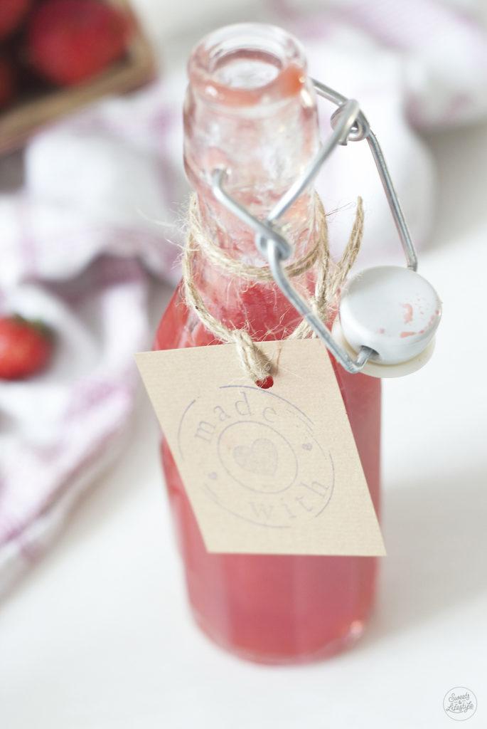 Selbst gemachte Erdbeerlimes nach einem Rezept von Sweets and Lifestyle