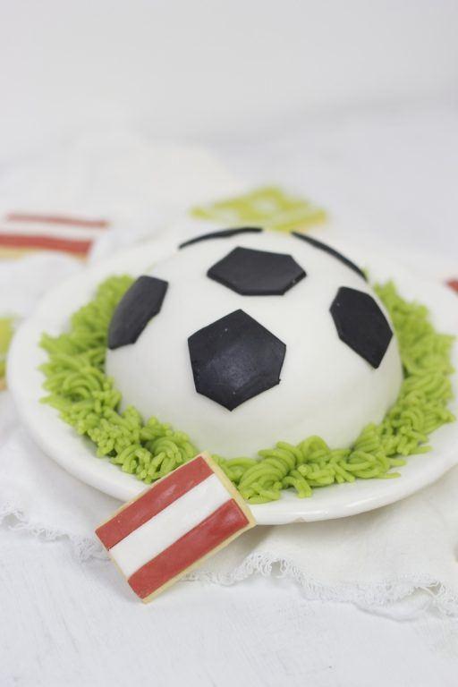 Fußballtorte Rezept von Sweets and Lifestyle