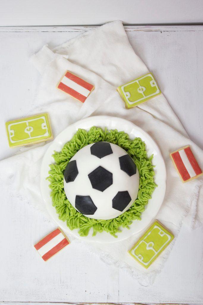 Fußballtorte und Kekse zur EM 2016