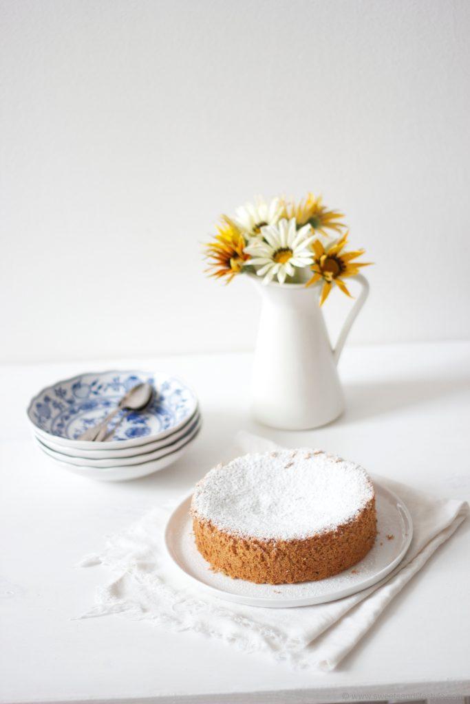Mallorquinischer Mandelkuchen ganz ohne Mehl und daher glutenfrei von Sweets and Lifestyle