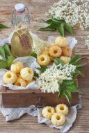 Rezept für leckere Holunderblüten Mini Gugls von Sweets & Lifestyle®