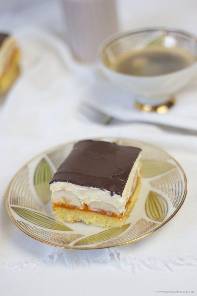 Koestliche Bananenschnitte mit Puddingcreme von Sweets and Lifestyle