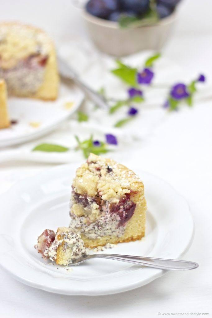 Leckere Zwetschgen Mohn Torte mit Streuseln, perfekt fuer die herbstliche Kaffeejause, von Sweets and Lifestyle