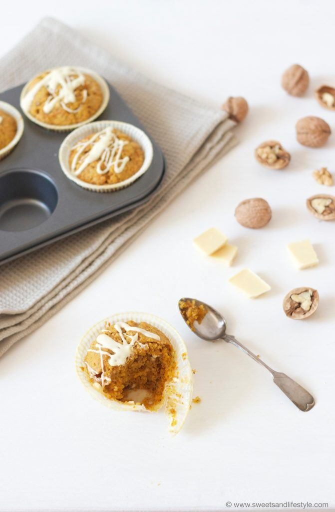 Leckere saftige Kürbis Muffins mit weisser Schoko nach einem Rezept von Sweets and Lifestyle