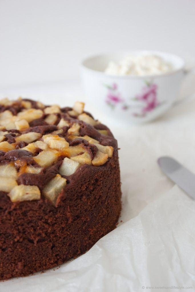 Schoko Birnen Kuchen, herrlich schokoladig, von Sweets and Lifestyle