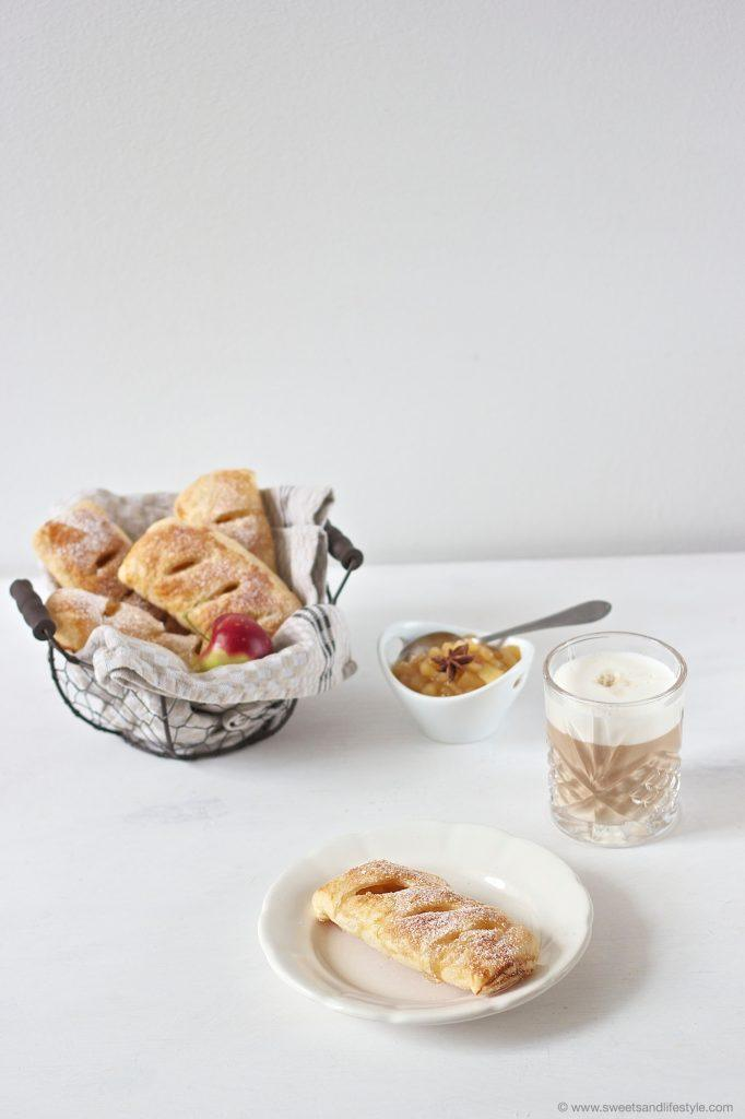 Köstliche, selbst gemachte Apfeltaschen serviert von Sweets and Lifestyle