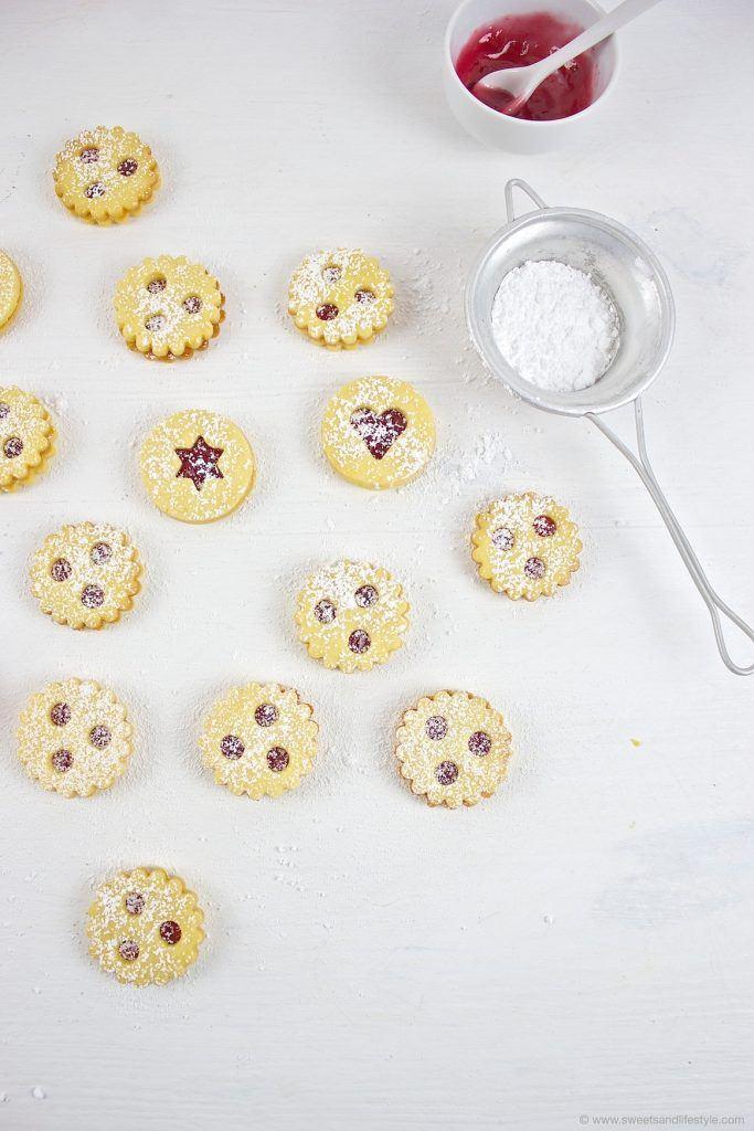 Mürbe Linzer Augen nach einem Rezept von Sweets and Lifestyle