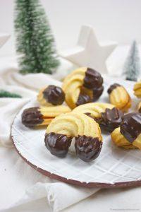Leckeres, mürbes Spritzgebäck mit Schokospitzen nach einem Rezept von Sweets and Lifestyle