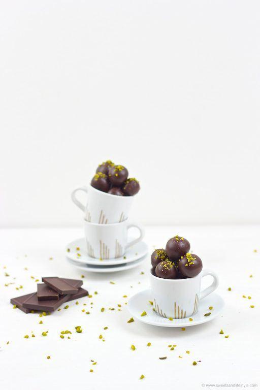 Selbst gemachte Mozartkugeln als selbst gemachtes Weihnachtsgeschenk aus der Küche von Sweets and Lifestyle