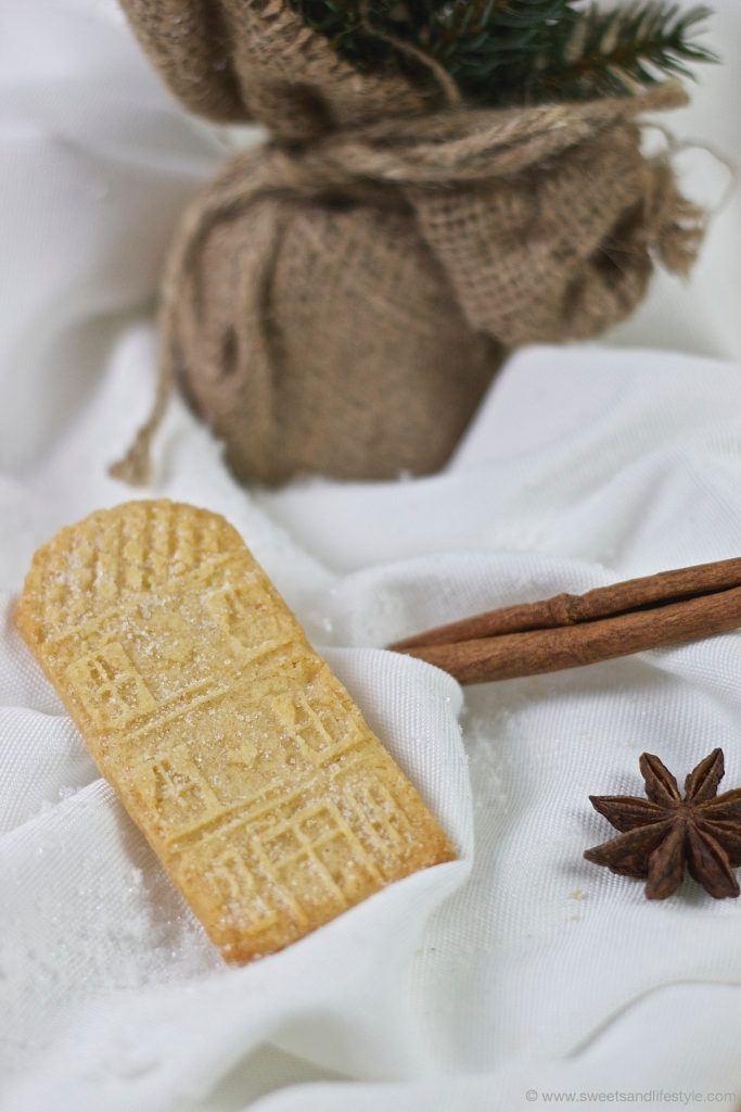 Selbst gemachter Spekulatius mit Marzipan nach einem Rezept von Sweets and Lifestyle