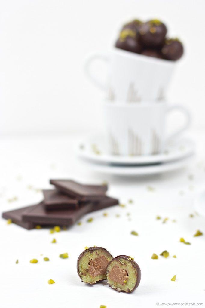 Super leckere selbst gemachte Mozartkugeln nach einem Rezept von Sweets and Lifestyle