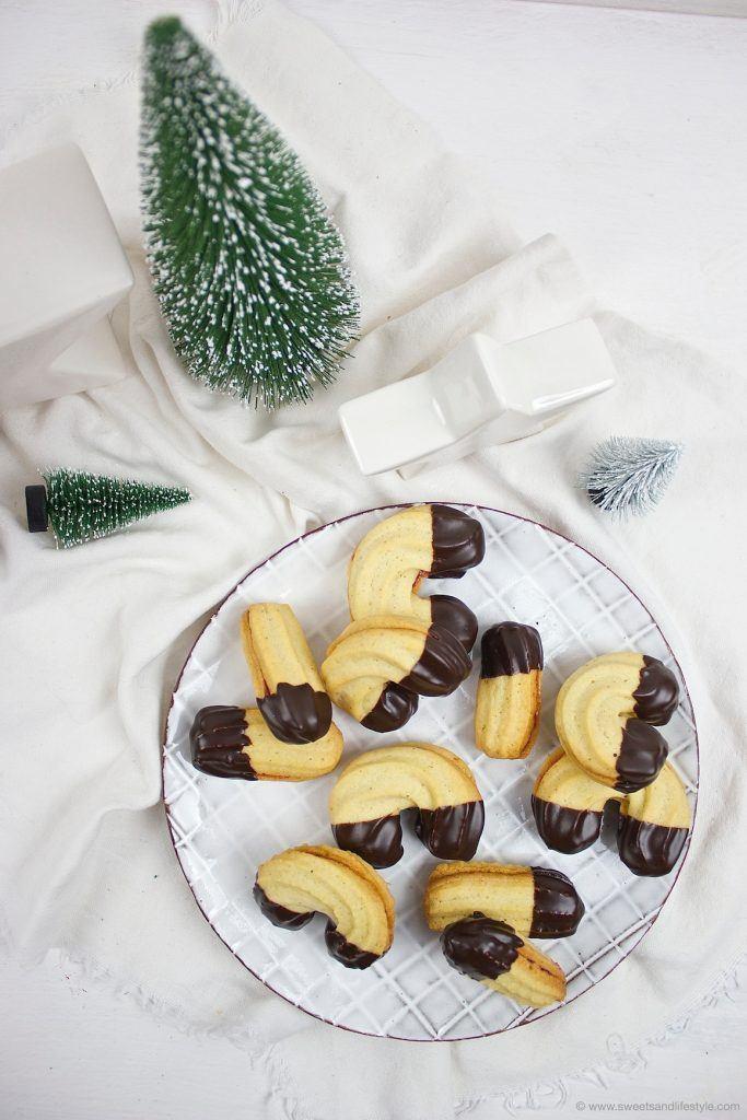 Weihnachtliches Spritzgebäck, das herrlich mürbe ist, nach einem Rezept von Sweets and Lifestyle