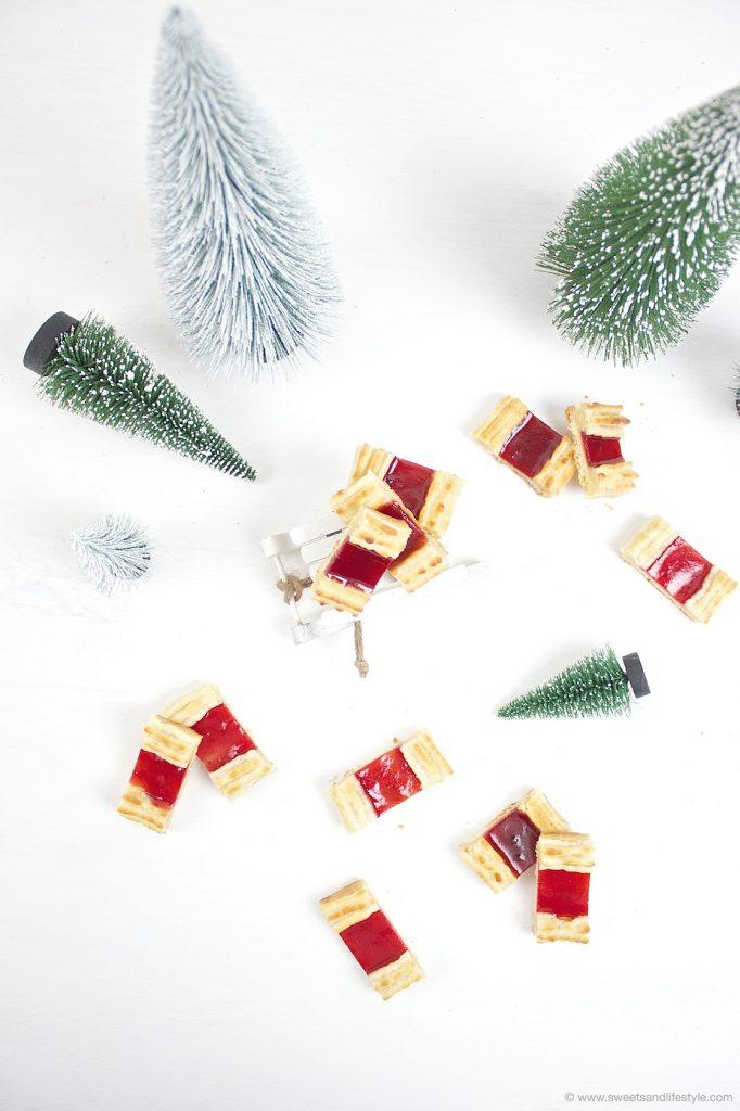 Selbst gemachte Eisenbahner Kekse für den weihnachtlichen Kekseteller nach einem Rezept von Sweets and Lifestyle