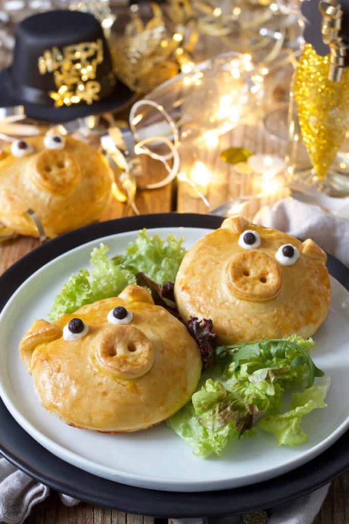 pikant gefülltes Glücksschwein aus Germteig nach einem Rezept von Sweets & Lifestyle®️